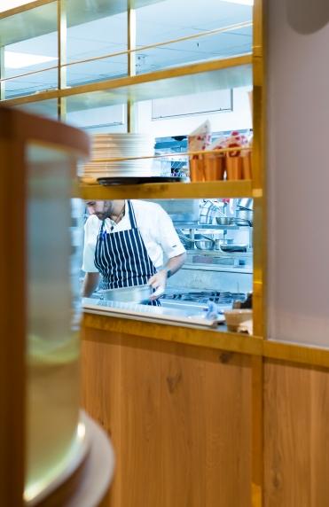 Smiths-Restaurant_01